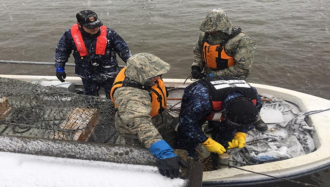 UPDATE: U.S. Navy salvage operations conclude, U.S. Air Force spill team efforts continue